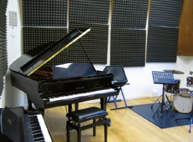 Siena Jazz Foundation Italy, Piano